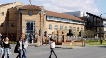 Vice-Chancellor's International Postgraduate Scholarship at Leeds Arts University in UK, 2018/2019