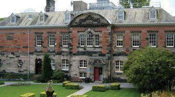 Boyack Undergraduate Bursary for UK/EU and International Students at University of Dundee in UK, 2019